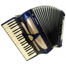 Lignatone Melodia III 80 Bass, Fine Piano Accordion, made in Czechoslovakia 1093, Amazing sound.