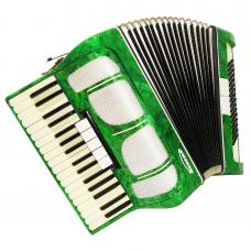 Close to NEW, Excellent Russian Piano Accordion Kvinta 80 Bass, Case Straps 1118, Very Nice Sound.
