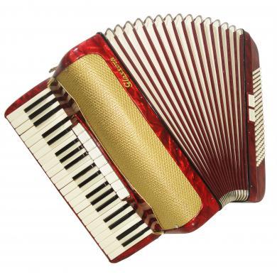 Glassora, 120 Bass, 11 Registers, Rare German Piano Accordion, Stradella, 1132, Rich and Powerful sound.