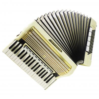 Weltmeister, Vintage Piano Accordion, made in Germany, 96 Bass, New Straps, 1165, Nice Keyboard Accordian, Rich and Powerful sound.