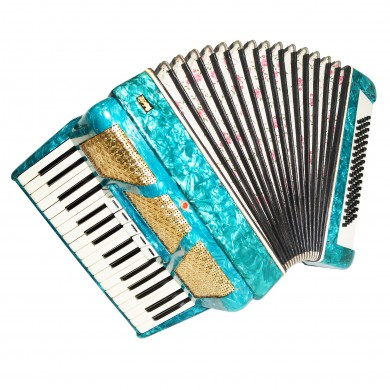 Nice Piano Accordion 80 Bass, made in Poland Bydgoska Fabryka, New Straps 1416, Very Beautiful sound.