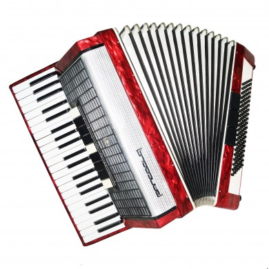 Close to New! Russian Piano Accordion Rhapsody, 120 Bass, Case, New Straps 1480, Bright and Powerful Sound.