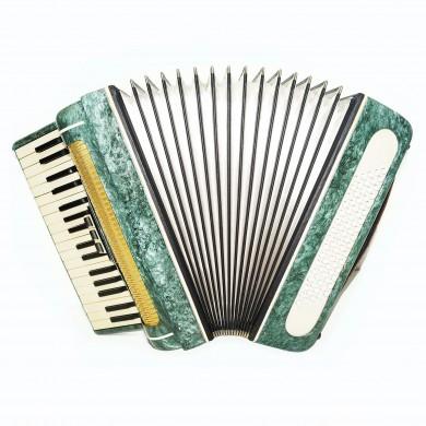 Russian Piano Accordion Volna for Beginner Children Kids 80 Bass New Straps 1576, Keyboard Accordian, Amazing sound.