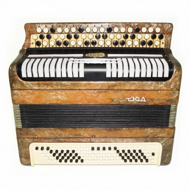 Bayan Etude, made in Tula, Russia Chromatic Button Accordion, New Straps, 1647, Bright and Beautiful Sound!
