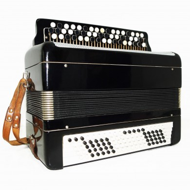 Bayan Tulskiy made in Tula Russia, Chromatic Button Accordion Тульский Баян 1485, 100 Bass, Excellent and Quality sound.